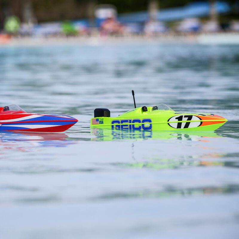 "Miss GEICO 17"" Power Boat Racer Deep-V RTR"