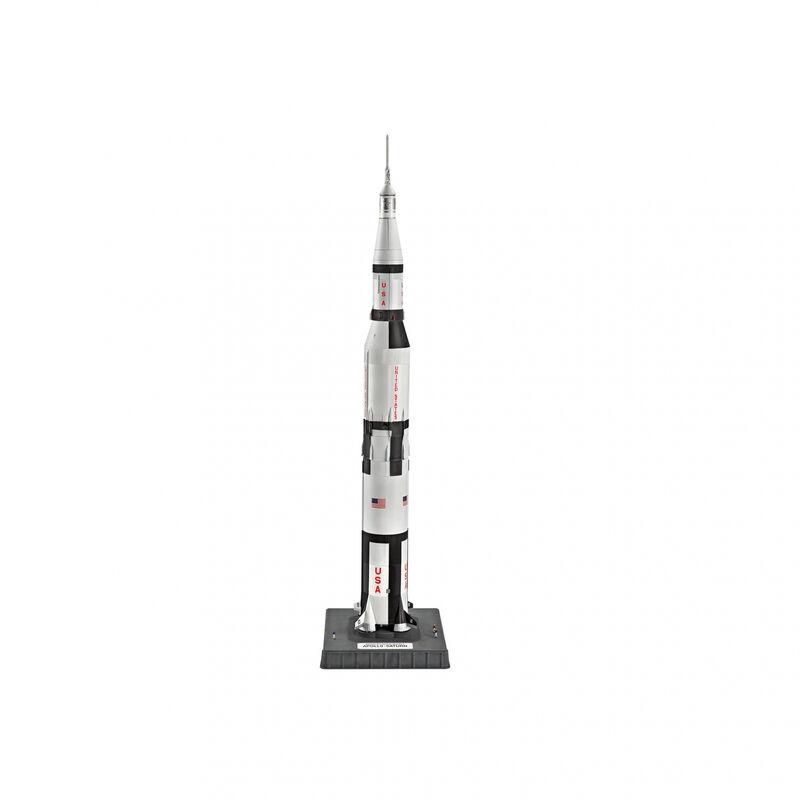 1 144 Saturn V