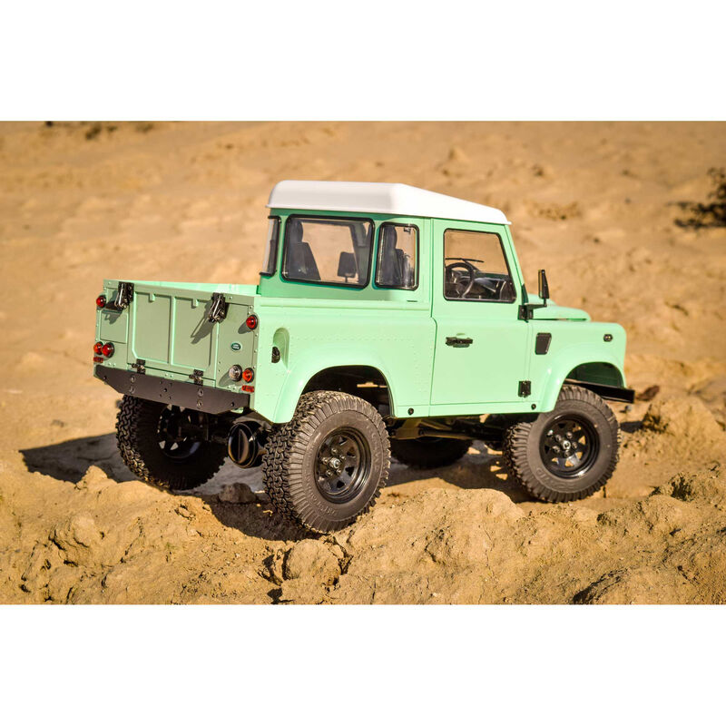 Gelande II RTR with 2015 Land Rover Defender D90 PU