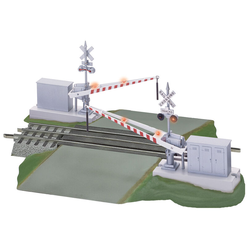 O Grade Crossing with Gates & Flashers