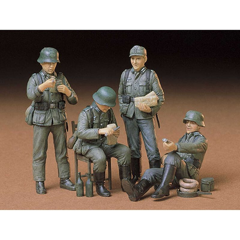 1/35 German Soldiers-Rest