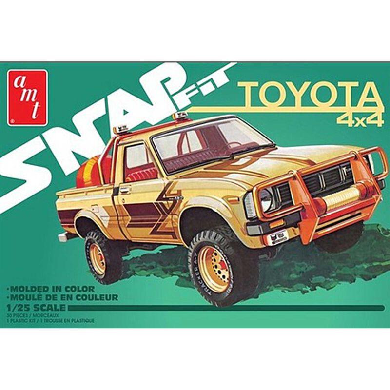 1 25 1980 Toyota Hilux SR5 Pickup 2T Snap