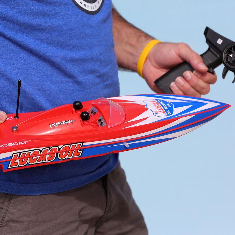"""Lucas Oil 17"""" Power Boat Racer Deep-V RTR"""