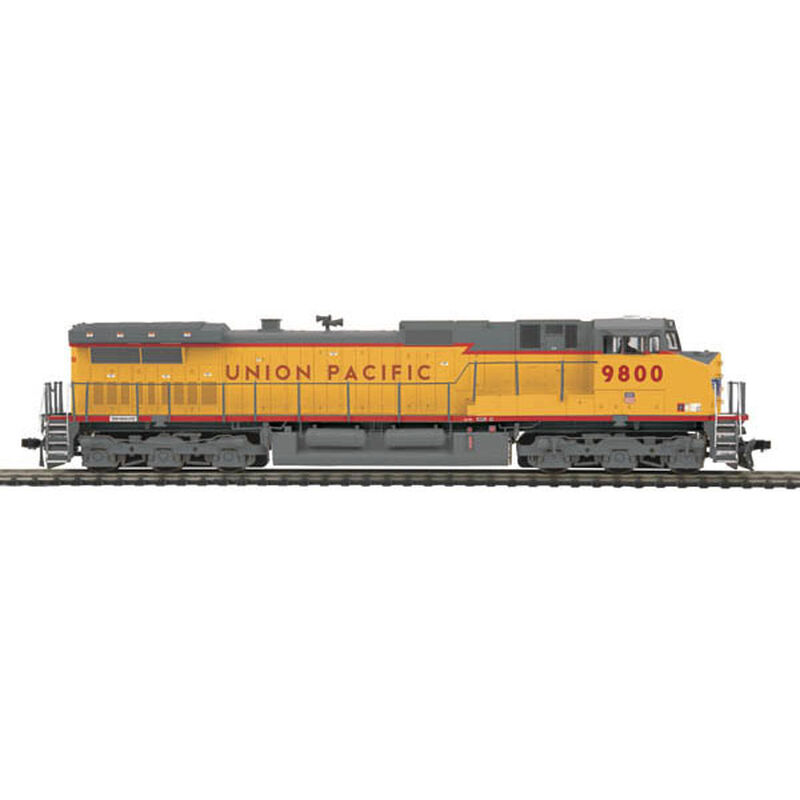 HO Dash-9 with NMRA, UP #9800