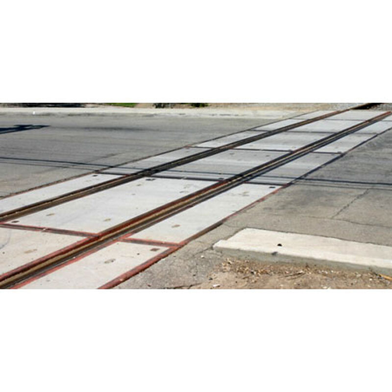 N Modern Grade Crossing, Concrete