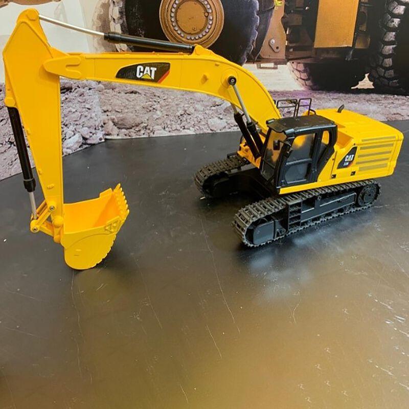 1/24 RC Caterpillar Excavator