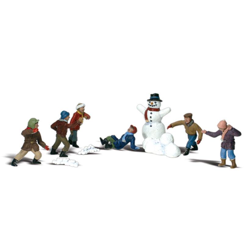 N Snowball Fight