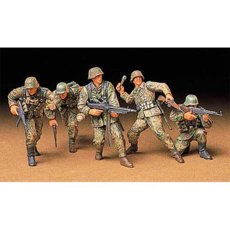 1/35 German Front Line Infantry