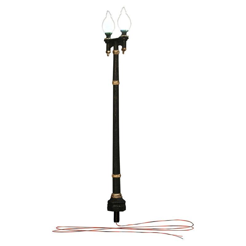 O Street Lights, Double Lamp Post (2)