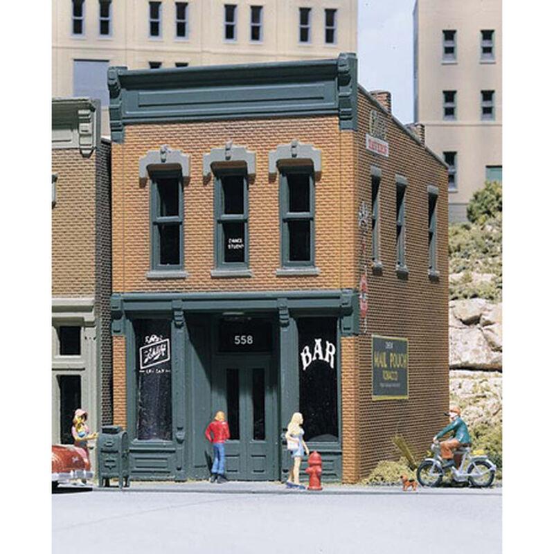HO KIT DPM Kelly's Saloon
